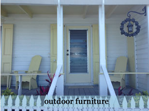 Cottage Chic Outdoor Furniture