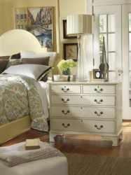 Somerset Bay Southern Pines Chest