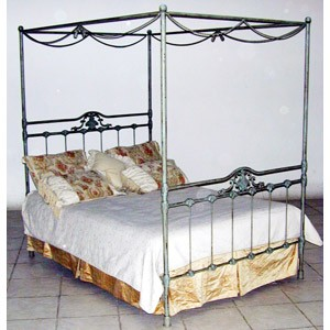 Iron Bed 25
