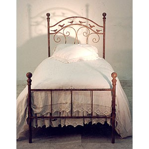 Iron Bed 32