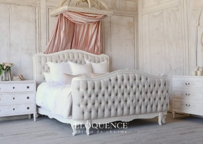Eloquence® Sophia King Weathered White Tufted Bed